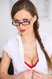 Tinay Kay Office Babe in Heat