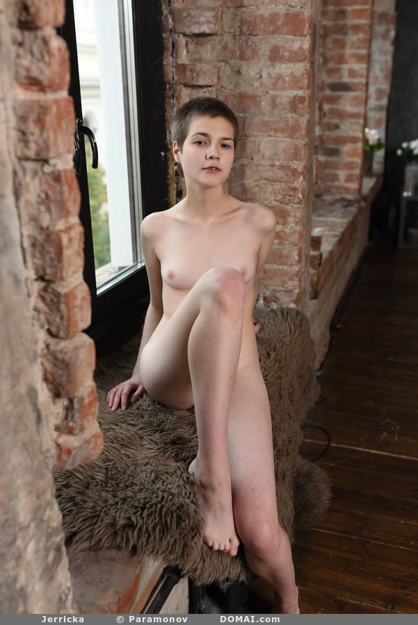 tiny short girls naked