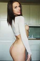 Eos Nude in the Kitchen