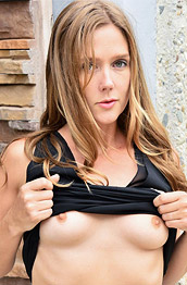 Star Leggy Wife Strips Outside