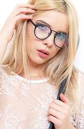 Samantha Shain Blonde Loves Spanking