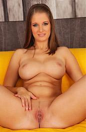 Jennifer Amton Perfect Curvy Body